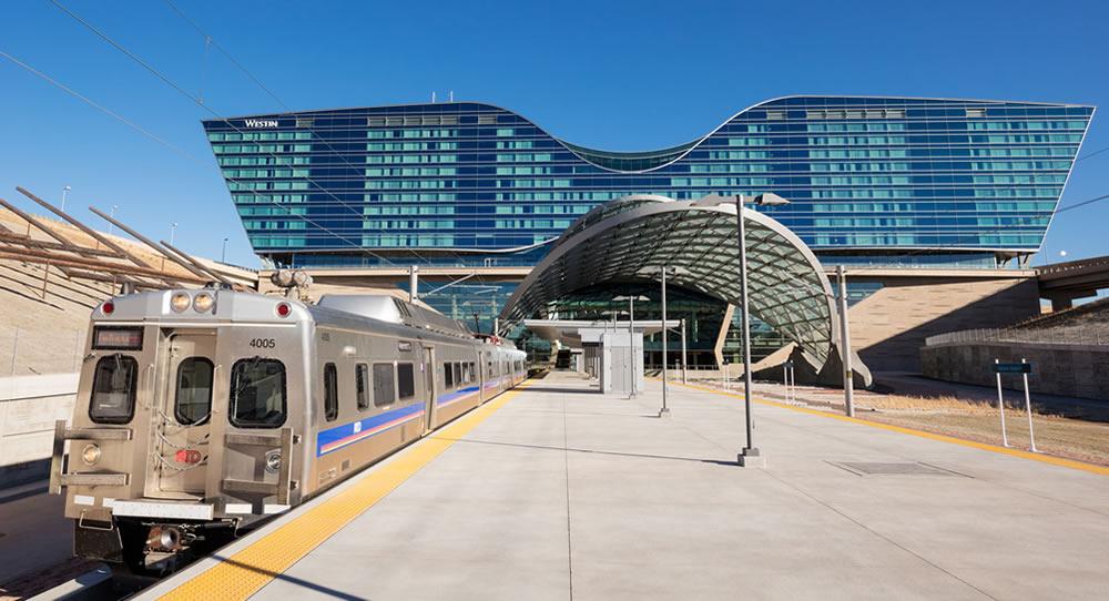 Train to Union Station